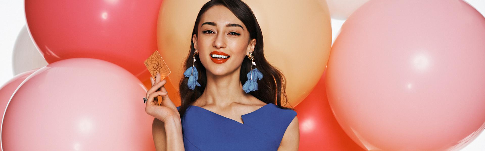 Asian_Girl_Balloons.jpg
